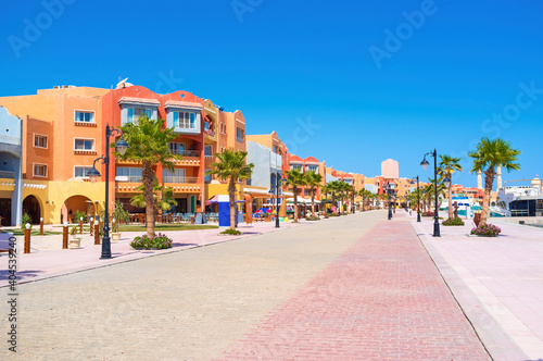Canvas Print The colorful buildings of Marina in Hurghada, Egypt
