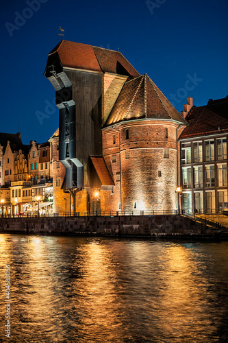 Fototapety, obrazy: Historic old town and historic port crane in Gdansk in the evening time, Poland