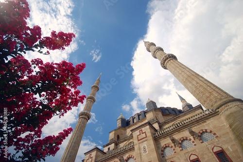 Obraz na płótnie Low Angle View Of Historic Building Against Sky