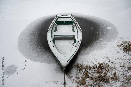Obraz na plátně Ruderboot am Neuschneesee