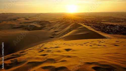 Obraz Aerial View Of Desert During Sunset - fototapety do salonu