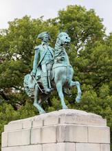 USA, Washington DC, Equestrian Statue Of George Washington At Washington Circle