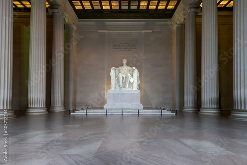 Fotografie, Obraz The Lincoln Memorial indoors on the National Mall in Washington DC