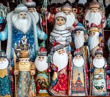 Carved Santa Claus Handpainted Christmas Wood Figurine Ded Moroz Souvenirs Snegurochka Figurine.