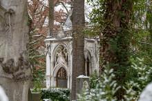 Schneebedeckter Historischer Friedhof Weimar Mit Fürstengruft Und Russisch-orthodoxer Kapelle
