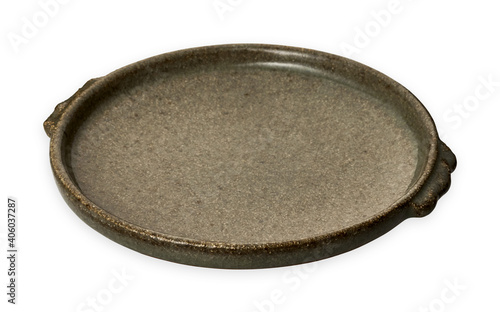 Foto Double handled brown plate, Empty stoneware plates, isolated on white background