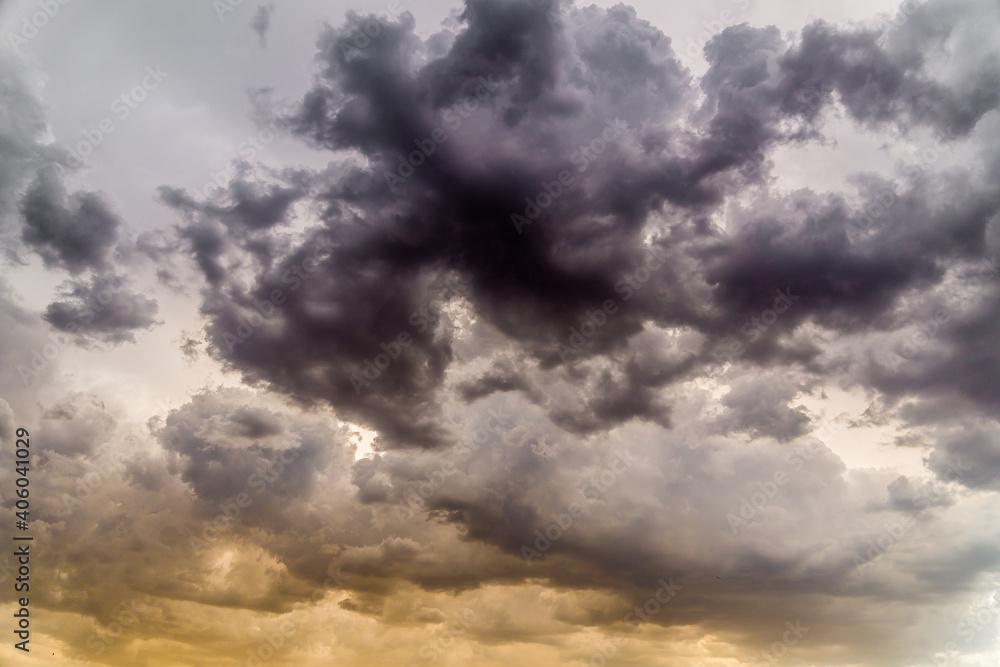 Fototapeta Shot of dark cumulative clouds, ominous cloudscape