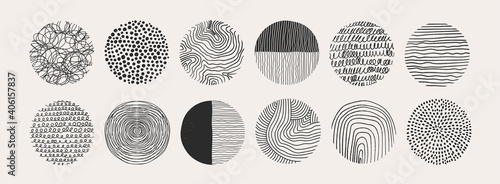 Obraz Big Set of round Abstract black Backgrounds or Patterns. Hand drawn doodle shapes. Spots, drops, curves, Lines. Contemporary modern trendy Vector illustration. Posters, Social media Icons templates - fototapety do salonu