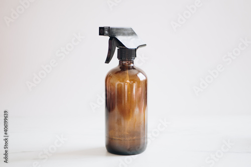 Valokuva Amber Brown Spray Bottle For Essential Oil Diy Cleaning On A White Background
