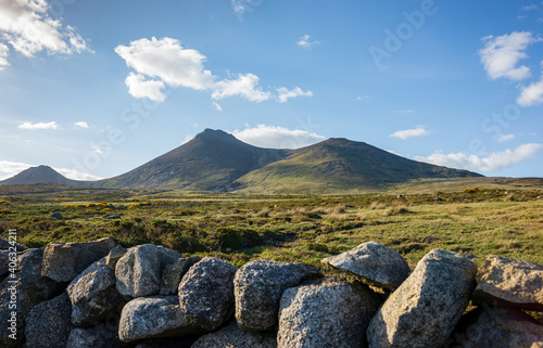 Scenic View Of Rocky Mountains Against Sky Fototapet