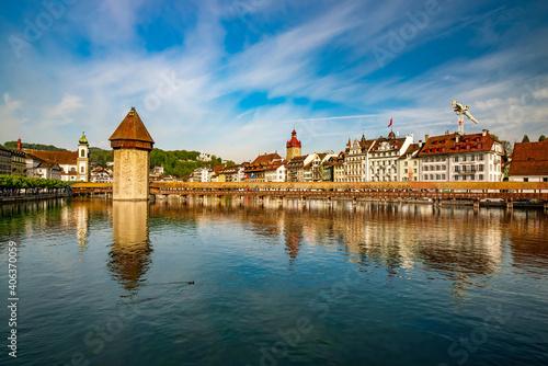 Fotografie, Obraz Reuss river in the historic center of Lucerne, Switzerland