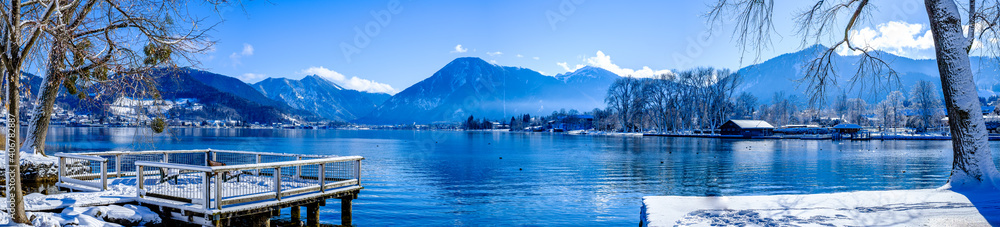 Fototapeta landscape at the Tegernsee lake - Bad Wiessee