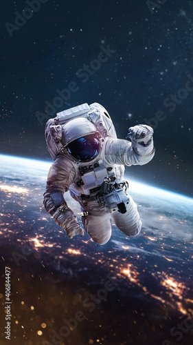 Fotografija Astronaut on orbit of Earth in the outer space