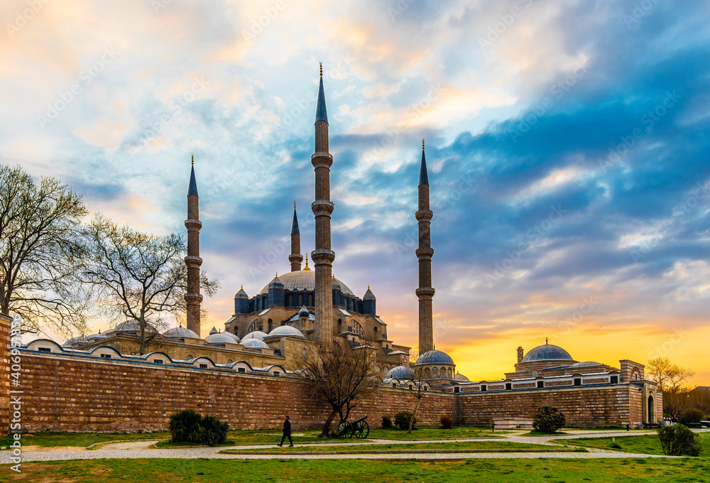 Fototapeta Selimiye Mosque view in Edirne City of Turkey. Edirne was capital of Ottoman Empire.