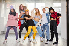 Dancers Posing Moving, Making House Hip-hop Dance Elements,dancing With Pleasure In Studio