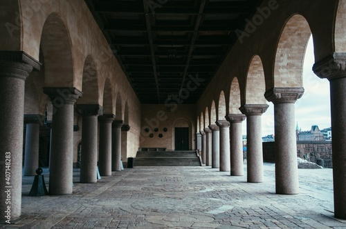 Foto arches of the cathedral of st john the baptist