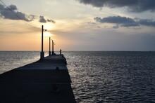 釣り 海 夕暮れ