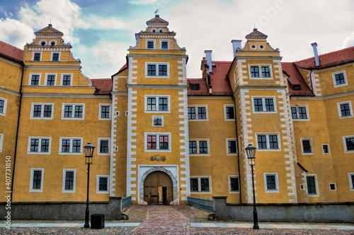 annaburg, deutschland - eingang zum hinterschloss © ArTo