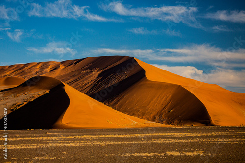Fototapeta Sand dunes in Namib Naukluft National Park in Namibia