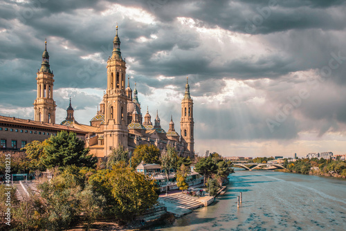Canvas Print Views from the Basilica del Pilar in Zaragoza
