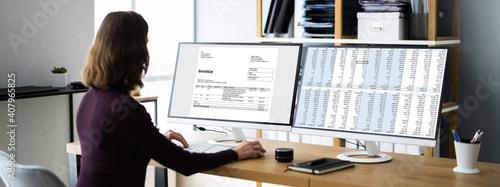 Obraz Professional Chartered Invoice And Bill Software - fototapety do salonu