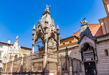 He Scaliger Tombs (Italian: Arche Scaligere), Group Of Five Gothic Funerary Monuments In Verona, Italy, Celebrating The Scaliger Family, Who Ruled In Verona From The 13th To The Late 14th Century.