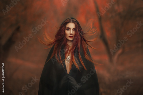 Fotografija fantasy gothic woman dark witch