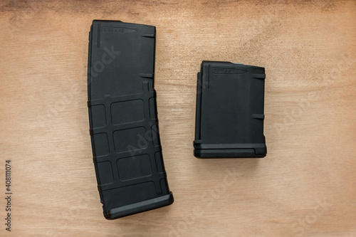 30 and 10 round bullet magazine for an AR-15 semi-auto assault rifle guns with Tapéta, Fotótapéta