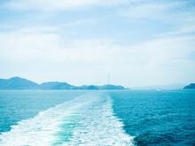 船上から眺めた海