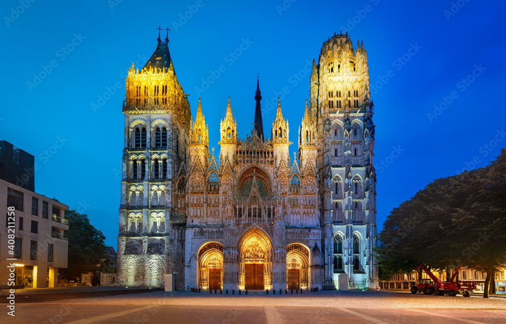 Fototapeta Night illumination of Rouen cathedral