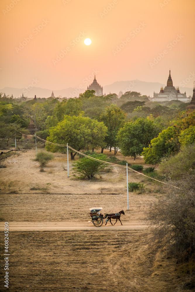 Fototapeta Myanmar Bagan