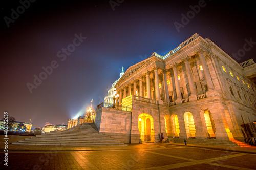 Obraz capitol building at night - fototapety do salonu