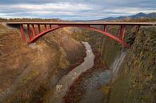 USA, Oregon, Bridge Crossing Crooked River
