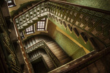 Fototapeta Londyn - staircase in the old house