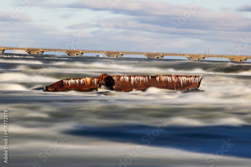 Fototapeta Troubled Waters