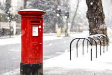 London Classic Red Mailbox  Under The Falling Snow