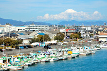 富士山のある漁港