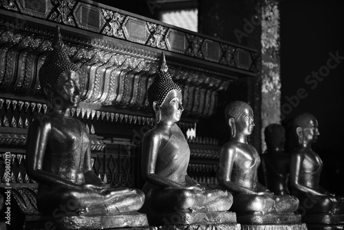 Fotografia The golden Buddha image