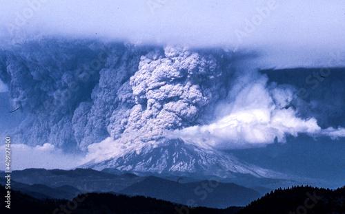 Fotografiet Mt. St. Helens eruption, May 18, 1980.