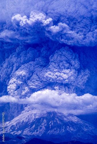 Canvastavla Mt. St. Helens eruption, May 18, 1980.