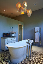 Designer Bathroom With Free Standing Bathtub And Beautiful Features