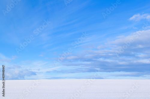 Fotografie, Obraz 北海道の雪原と青空
