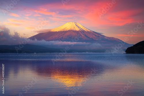 Tranquil scene of mount Fuji and lake yamanaka at sunrise
