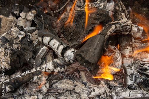 Photo Fuego de preparación de barbacoa