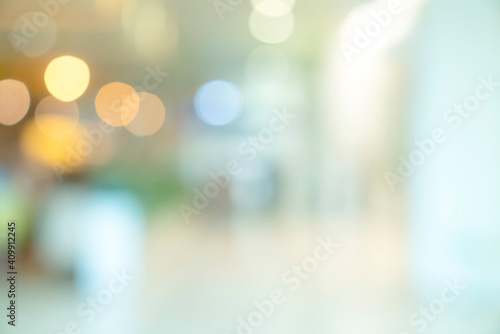 abstract blur image background of shopping mall with light bokeh and flare light Fototapeta