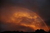 Fototapeta Tęcza - Tęcza na tle nieba o zmierzchu