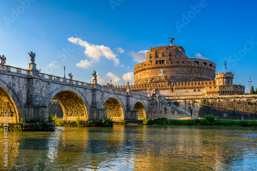 Obraz na plátne Castle Sant Angelo (Mausoleum of Hadrian), bridge Sant Angelo and river Tiber in Roma, Italy