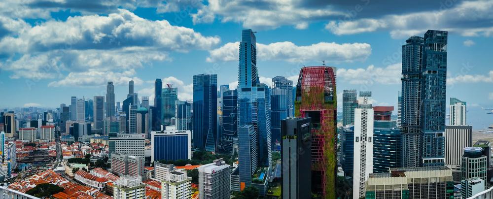 Fototapeta Singapore skyline - old and new buildings