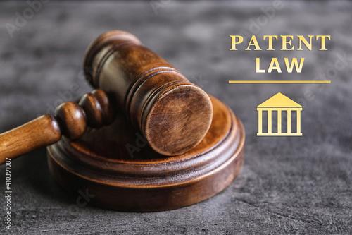 Obraz na płótnie Judge's gavel on grey table, closeup. Patent Law