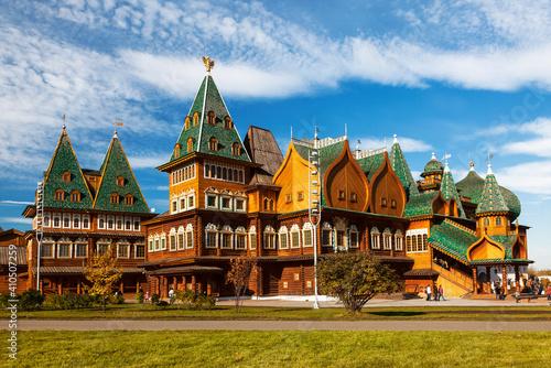 Wooden palace of Tsar Alexei Mikhailovich in Kolomenskoye on a sunny summer day, Fototapeta
